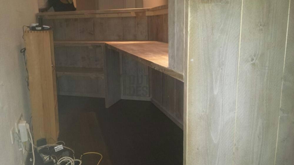 bauholz theke von exklusiv dutch design. Black Bedroom Furniture Sets. Home Design Ideas