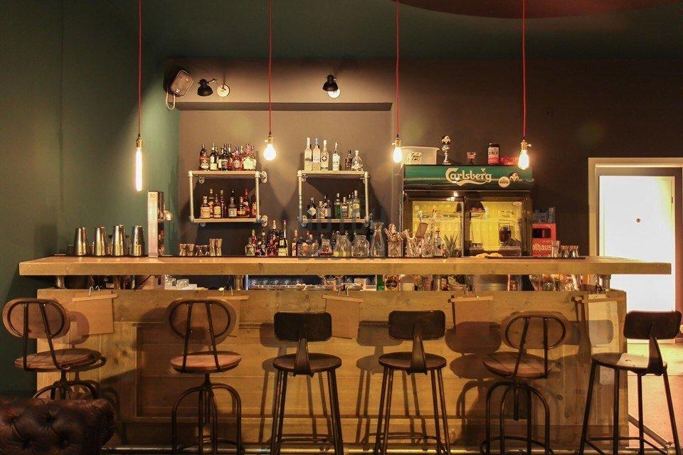 Einrichtung fr bar wohnzimmer bar in ausfhrungen with for Romido einrichten