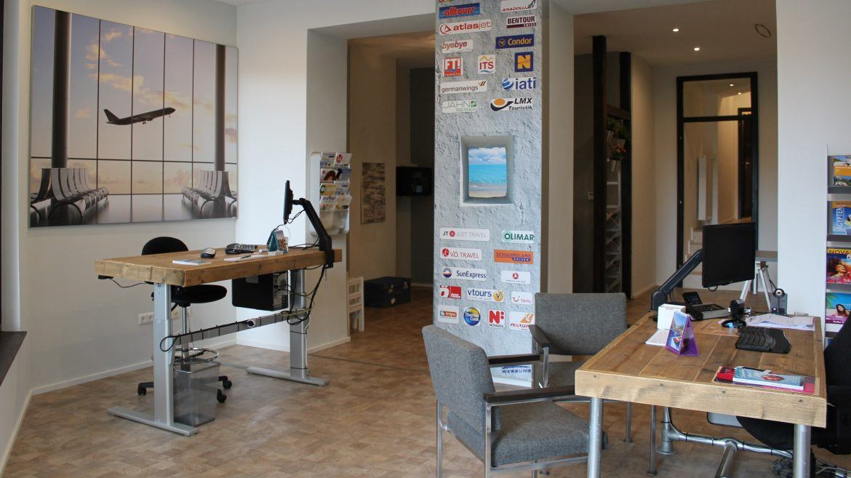Bauholz Büromöbel - Bauholz Ladeneinrichtung