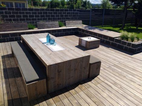 Gartengarnitur Wismar aus transparent geöltem Bauholz