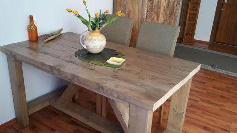 Esstisch Marburg aus Bauholz mit Lack und Tischplatte 5 cm