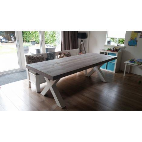 Bauholz Esstisch Steinfurt im Landhaus-Stil, Tischplatte Grey Wash Beize und Lack