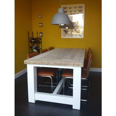 Bauholztisch Innsbruck im Landhaus-Stil mit Tischplatte gelackt