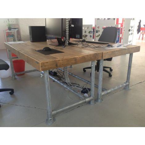 Bauholz Schreibtisch Koblenz mit Lack