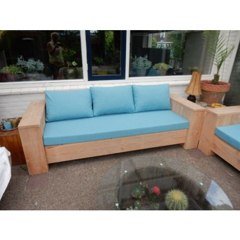 Lounge Sofa Balingen aus Douglasie mit Cartenza 210 Aqua Blue Kissen